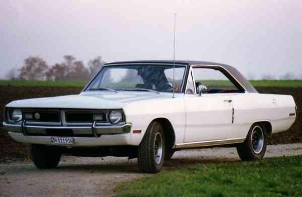 Swinger Drwhitefrontvo on 1970 Dodge Sedan